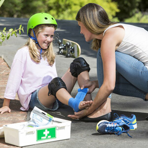 CoolXChange ice recovery wrap mum helps kid